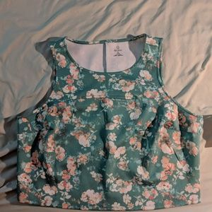 Decree 1X cropped top with stretch NWT